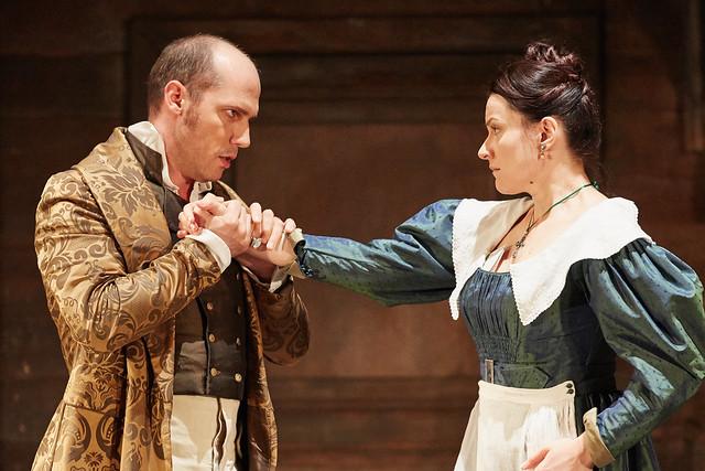 Stéphane Degout as Count Almaviva and Anita Hartig as Susanna in Le nozze di Figaro, The Royal Opera © 2015 ROH. Photograph by Mark Douet