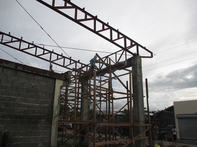 Ongoing reconstruction of the Alang-Alang Civic Center - June 2015