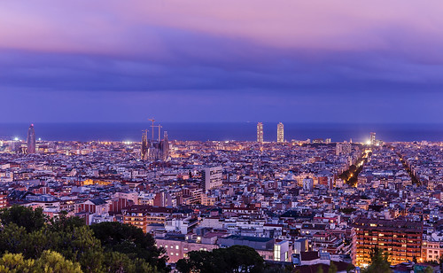Barcelona and its landmarks in the pink night