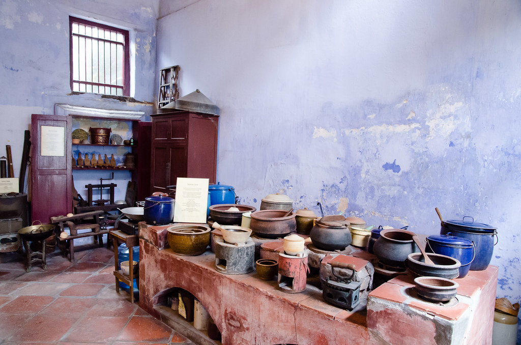 Kitchen in In front of Sun Yat-sen Museum, Penang