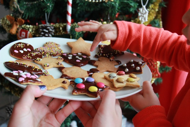 Sablés_de_Noël_à_4_mains_à_réaliser_avec_les_tout_petits_blog_pâtisserie_la_rochelle_20