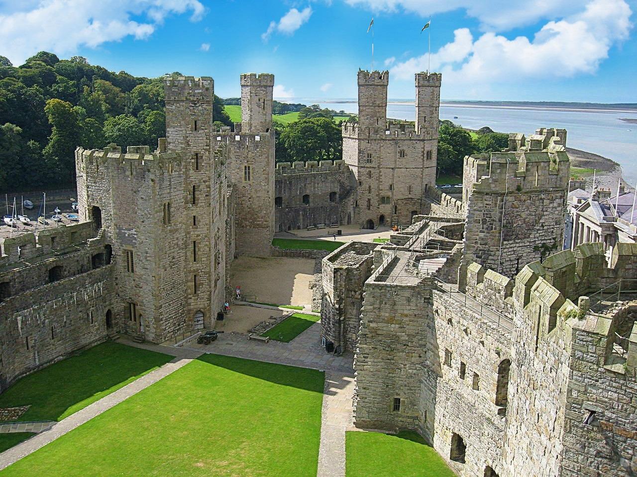 Caernarfon Castle. Credit Albertistvan