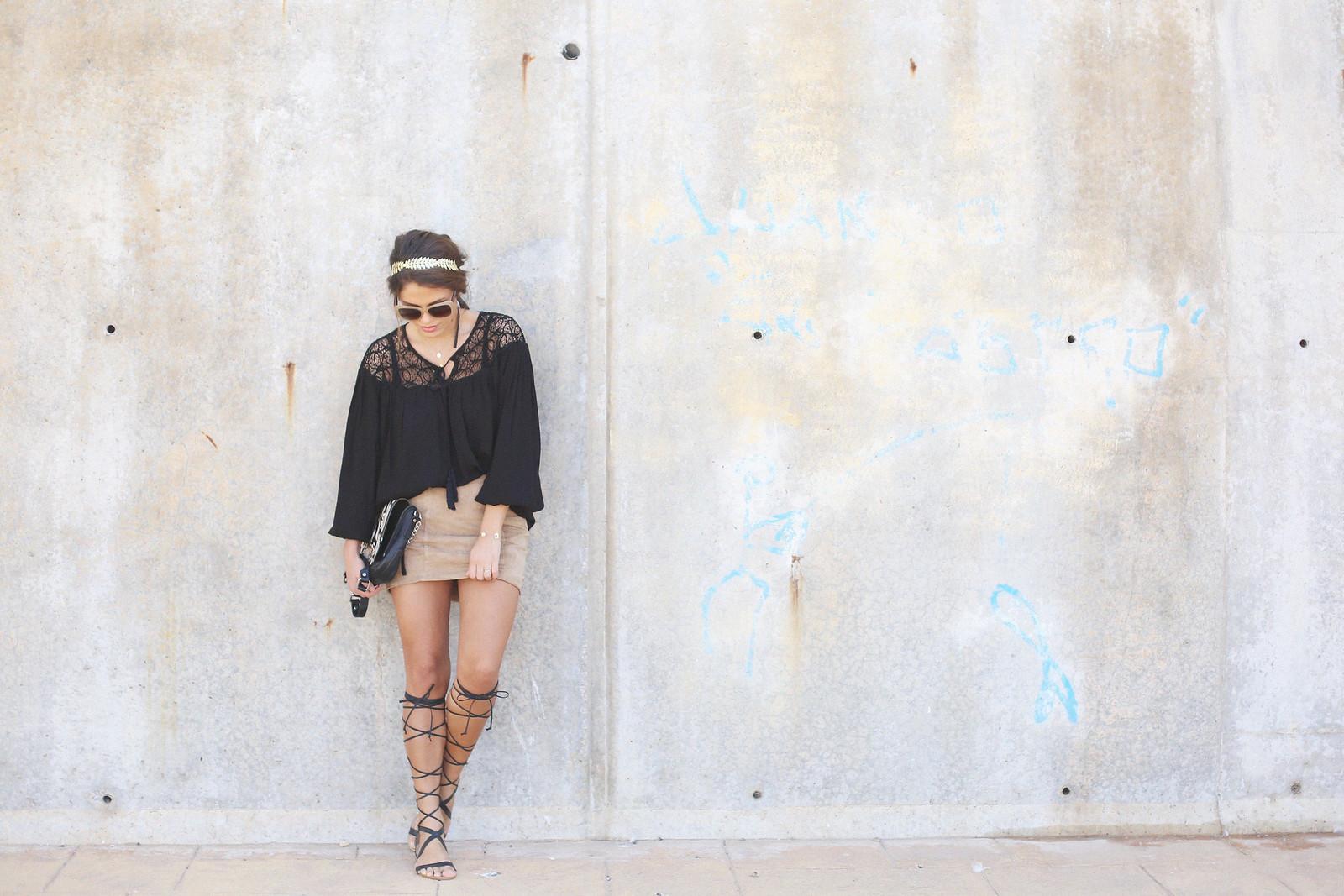 2.black boho top camel suede skirt gladiator sandals golden headband seams for a desire jessie chanes