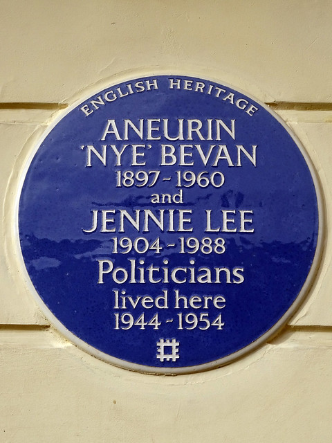 Aneurin Bevan and Jennie Lee blue plaque - Aneurin 'Nye' Bevan 1897-1960 and Jennie Lee 1904-1988 Politicians lived here 1944-1954