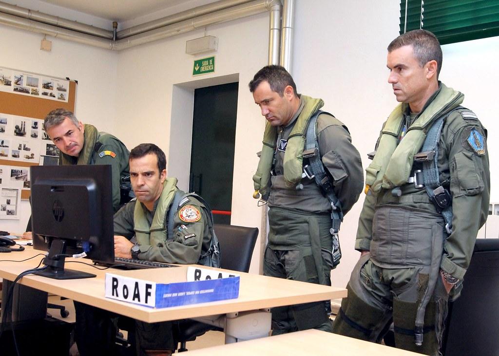 ROAF_F16_piloti_romani (15)