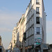 20151003_5060 narrow building in Paris by williewonker