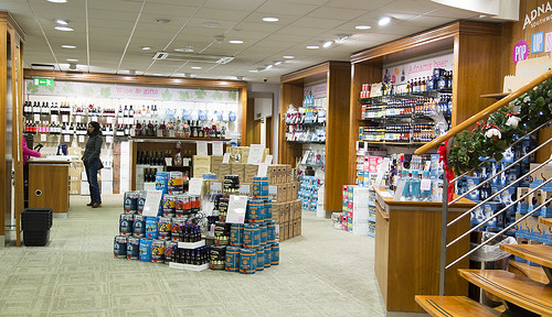 Adnams opens a Christmas Pop-Up store at Coes, Ipswich