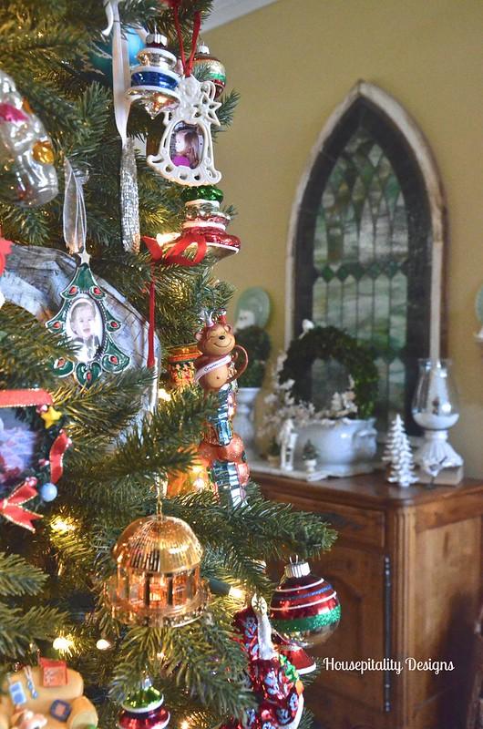 Christmas 2015 Foyer - Housepitality Designs