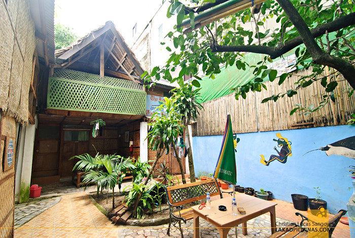 White Beach Divers Hostel Atrium Boracay