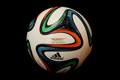 BRAZUCA FIFA CLUB WORLD CUP MOROCCO 2013 ADIDAS OFFICIAL MATCH BALL 02