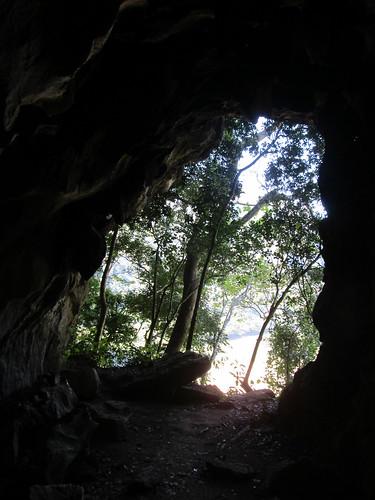 Muang Ngoi: la sortie de la grotte