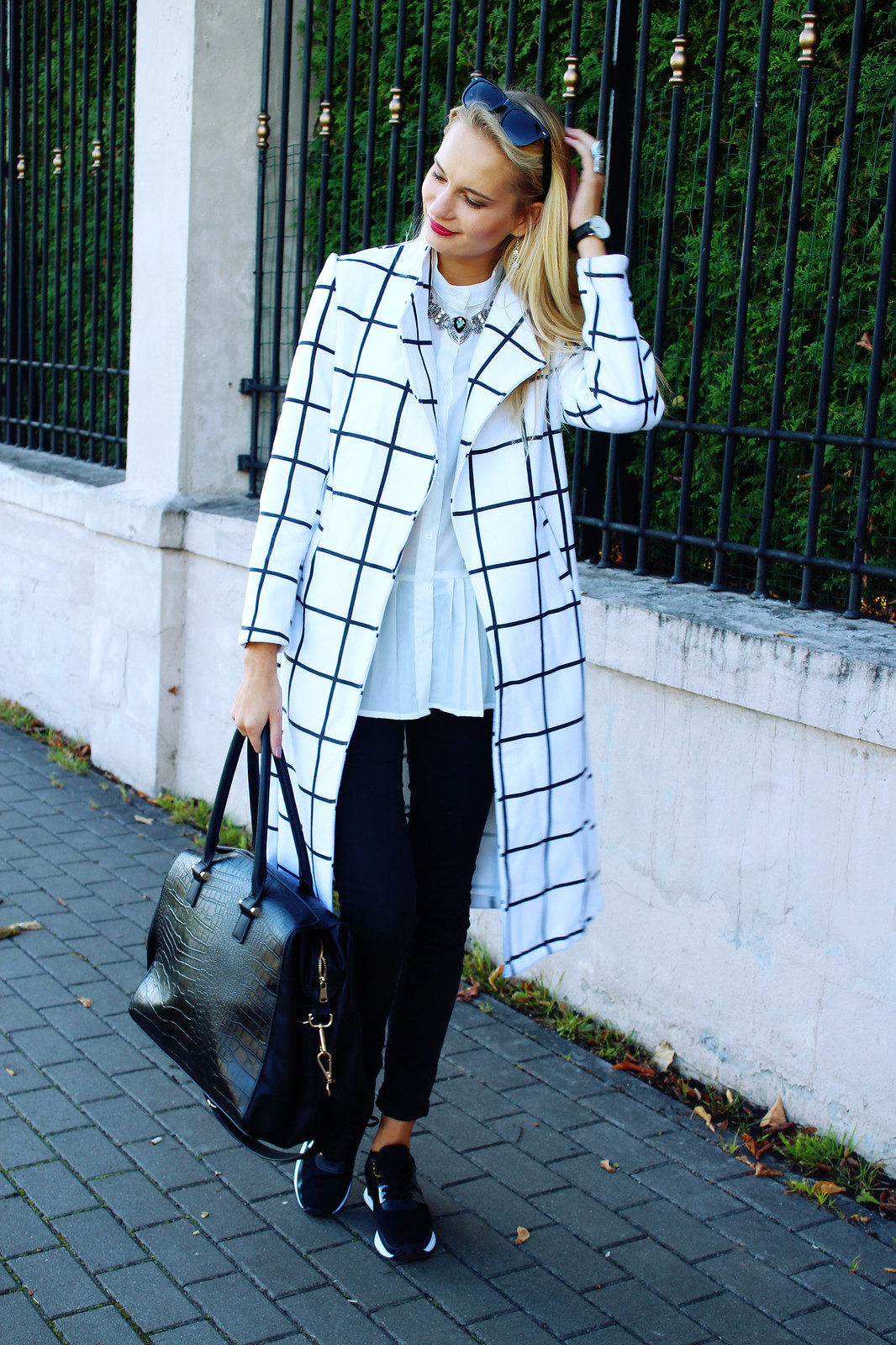 how to style a plaid coat