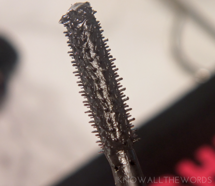 maybelline the falsies push up drama mascara (4)