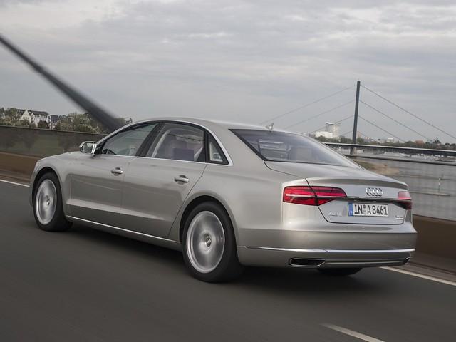 Audi A8 D4. Мощность 500 л.с.