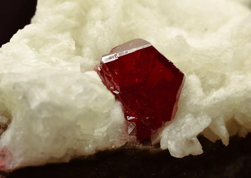cinnabar_crystal