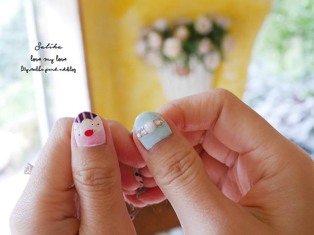 可愛俏皮光療指甲 (28)
