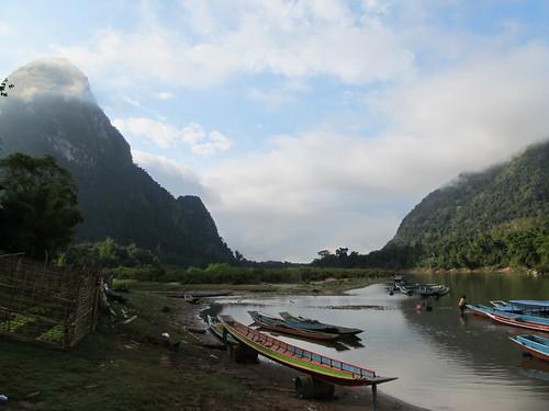 Muang Ngoi: en attendat le départ du bateau