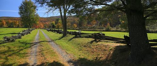 virginia smyth settlersmuseum country road autumn fallcolors fallfoliage landscape fence rustic canon eos6d