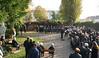 Die Gedenkveranstaltung wird traditionell vom Chor der Banater Schwaben Karlsruhe musikalisch umrahmt.