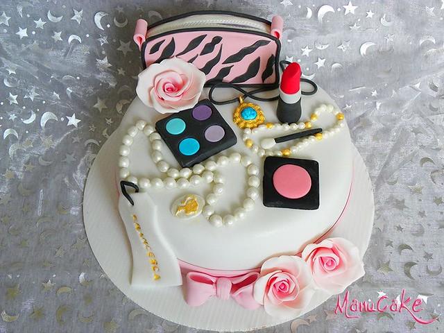 Cake by ManuCake